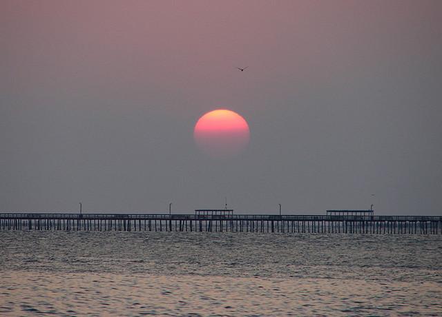 Sunrise over lynnhaven fishing pier virginia beach va for Lynnhaven fishing pier